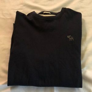 In good condition Abercrombie & Fitch long sleeve